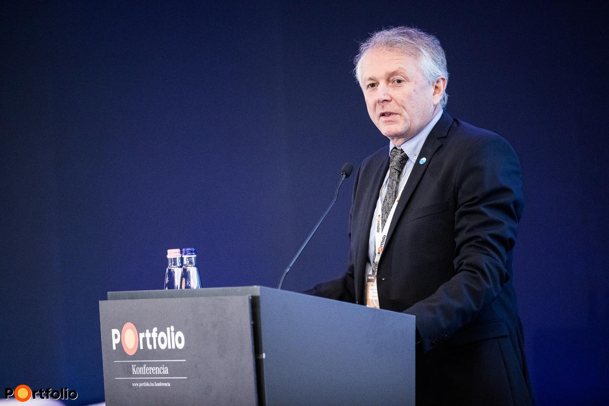 Dr. Kaderják Péter (energiaügyekért és klímapolitikáért felelős államtitkár, Innovációs és Technológiai Minisztérium): Az új magyar Nemzeti Energiastratégia által kijelölt irány, klímacélok
