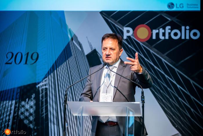 Klemencz Mihály (Regional Sales Manager - Business Solutions, LG Electronics Magyar Kft.): Sci-fibe illő üzleti kijelzők az ingatlanpiac szolgálatában