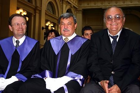 Gegyesi Ferenc, Budapest IX. kerületének polgármestere, Csányi Sándor és Demján Sándor, a TriGránit Rt. első embere