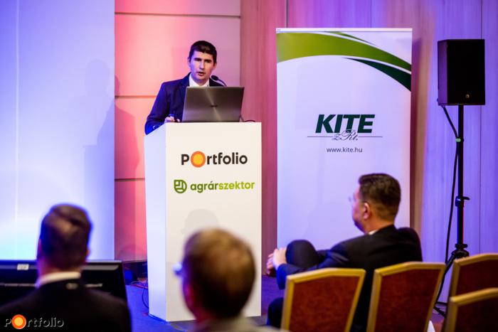 Sojnóczki István (technológiai fejlesztési igazgató, KITE Zrt.): Integrált precíziós megoldások a John Deere-től