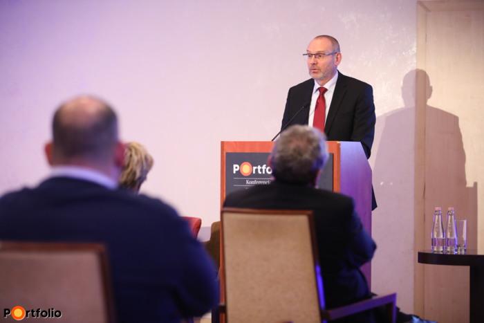 Zsigó Róbert (államtitkár, Agrárminisztérium): Kiváló Minőségű Élelmiszer védjegy - A biztos pont