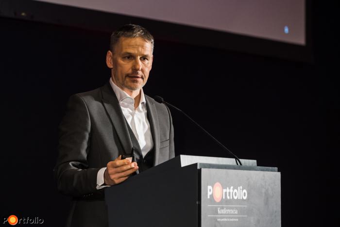 Báthory Balázs (vezérigazgató-helyettes, innováció és stratégiai fejlesztések, Market Építő Zrt.): Digitalizálódó építőipar - A stratégia új kora