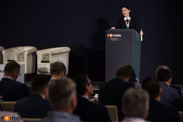 Dr. habil. Boros Anita (építésgazdaságért, infrastrukturális környezetért és fenntarthatóságért felelős államtitkár): Az állam szerepe a fenntarthatóbb és hatékonyabb építőiparért - A körforgásos gazdaság modellje