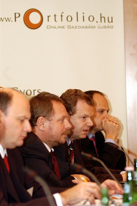 Mindenki nagy akar lenni (2. Közép-Kelet Európai Vállalatfinanszírozási és Kockázati Tőke Konferencia)
