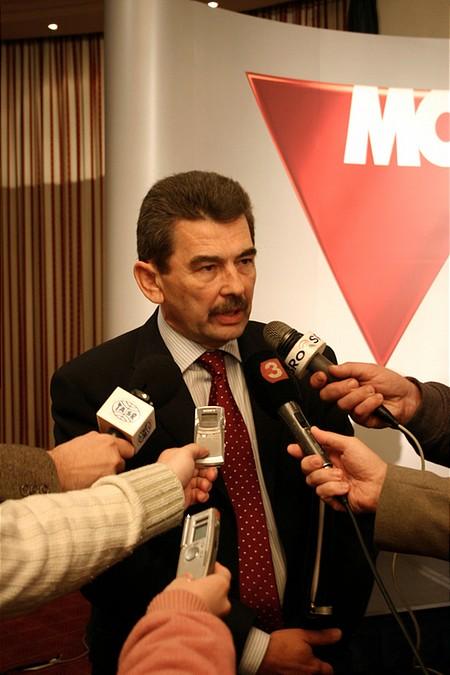 Mosonyi György kereszttűzben