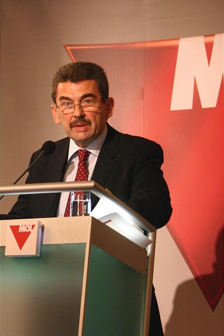 Mosonyi György vezérigazgató prezentációja