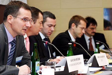 A panel: Kocsis Péter, Doug Hardman, Emmanuel Blouin, Günther Artner és Számely Péter