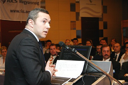 Emmanuel Blouin, Alelnök, Morgan Stanley Real Estate, London
