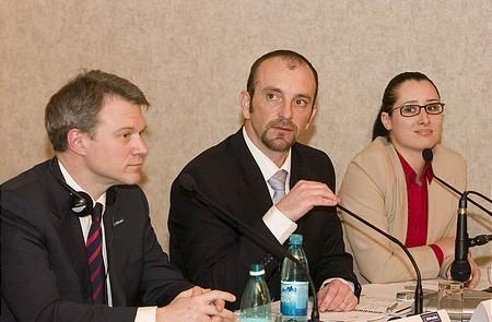 Christopher Mattheisen (Magyar Telekom), Csenteri Levente (Combridge), Hortensia Nastase (Lowe&Partners ügynökség)