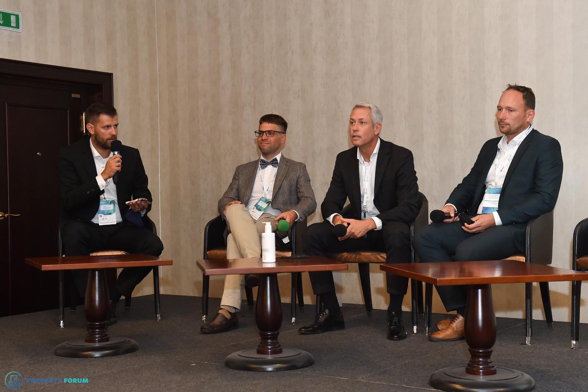Logistics panel: Martin Polák (GARBE Industrial Real Estate), Stanislav Pagáč (CTP), Jakub Pelikán (Mountpark), Tomáš Ostatník (Go Asset Development)