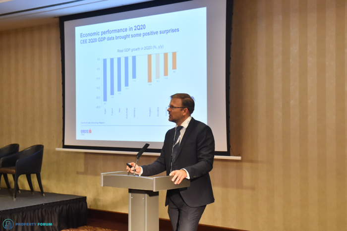 Juraj Kotian (Erste Group Bank AG) gave an economic overview for 2021