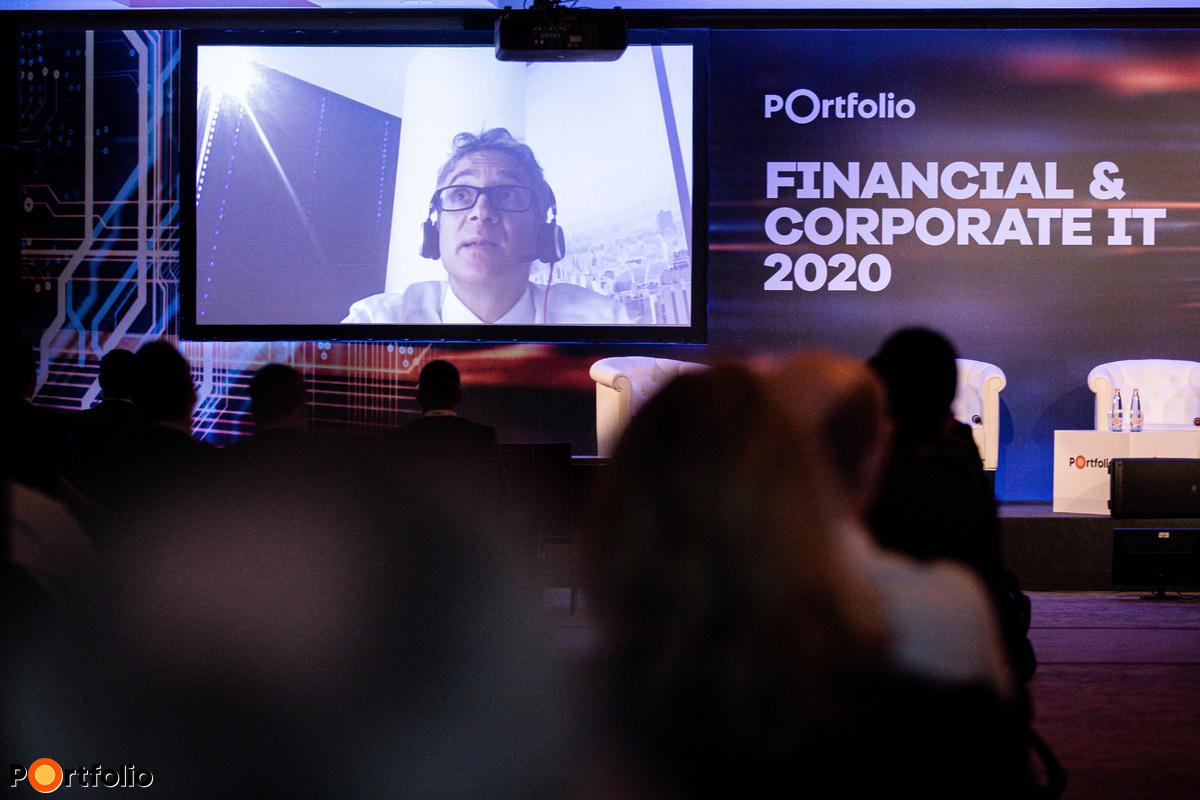 Michael Wodzicki (Partner, Strategy, Analytics and M&A, Deloitte Digital Poland): A magyar bankszektor digitális érettsége nemzetközi összehasonlításban