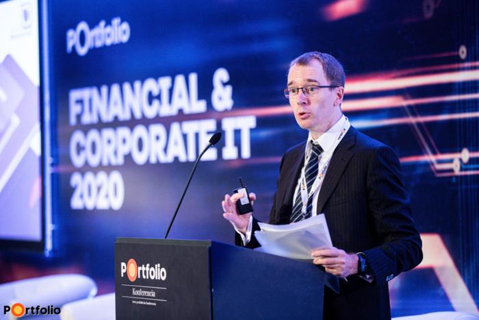 Becsei András (alelnök, vezérigazgató, Magyar Bankszövetség, OTP Jelzálogbank): A magyar bankszektor digitális javaslatcsomagja – Aktualitások és eredmények