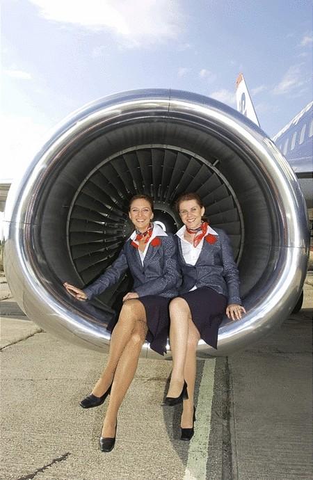 Csinos légiutaskísérők...
