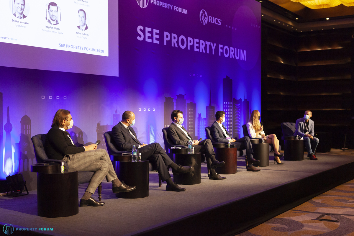 Residential panel: Lucian Azoitei (Forty Management), Rafael Trebolle (GED Capital), Didier Balcaen (Speedwell), Bogdan Iliescu (Crosspoint Real Estate), Irina Albu (Cordia Romania) and Dorel Niță (Imobiliare.ro)
