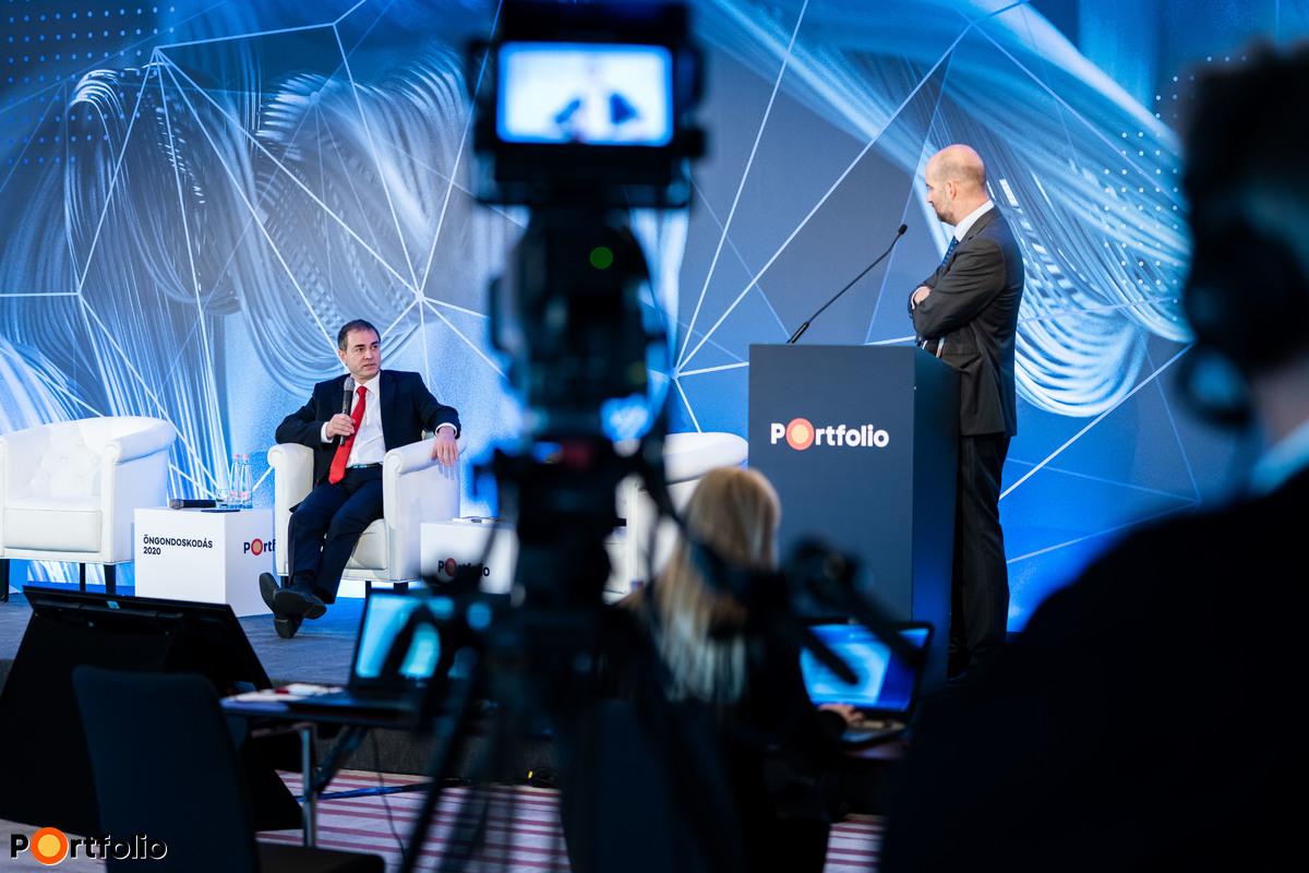 Biró Gergely (elnök-vezérigazgató, Diófa Alapkezelő) és a hibrid beszélgetés moderátora, Bán Zoltán (vezérigazgató, Net Média Zrt. (Portfolio))