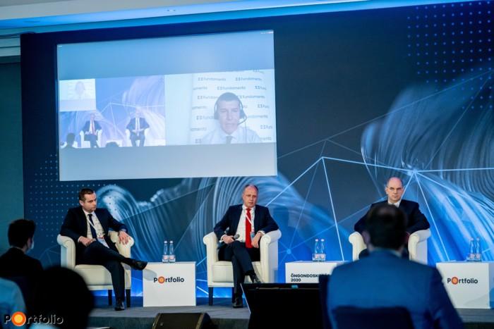 Morafcsik László (vezérigazgató-helyettes, az Igazgatóság tagja, Fundamenta-Lakáskassza) online kapcsolódott a panelbeszélgetéshez