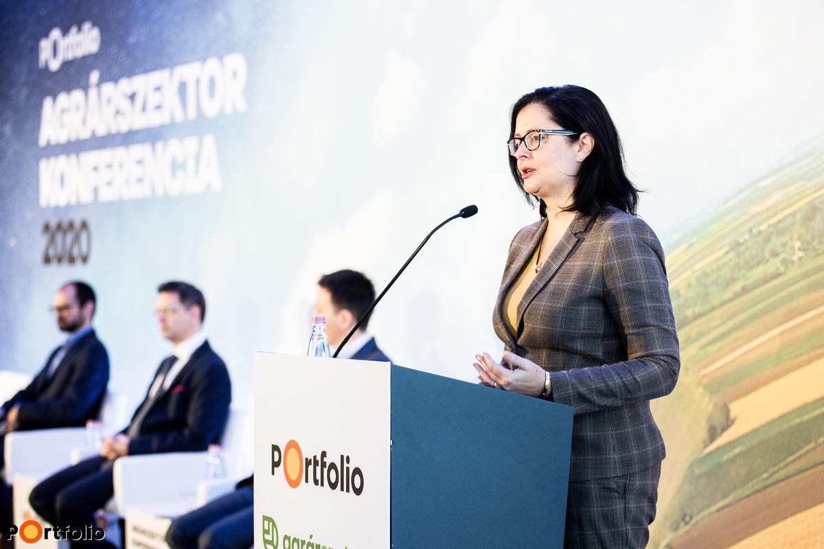 Juhász Anikó (helyettes államtitkár, Agrárminisztérium): Új szabályozás az őstermelők és a családi gazdaságok adózásában