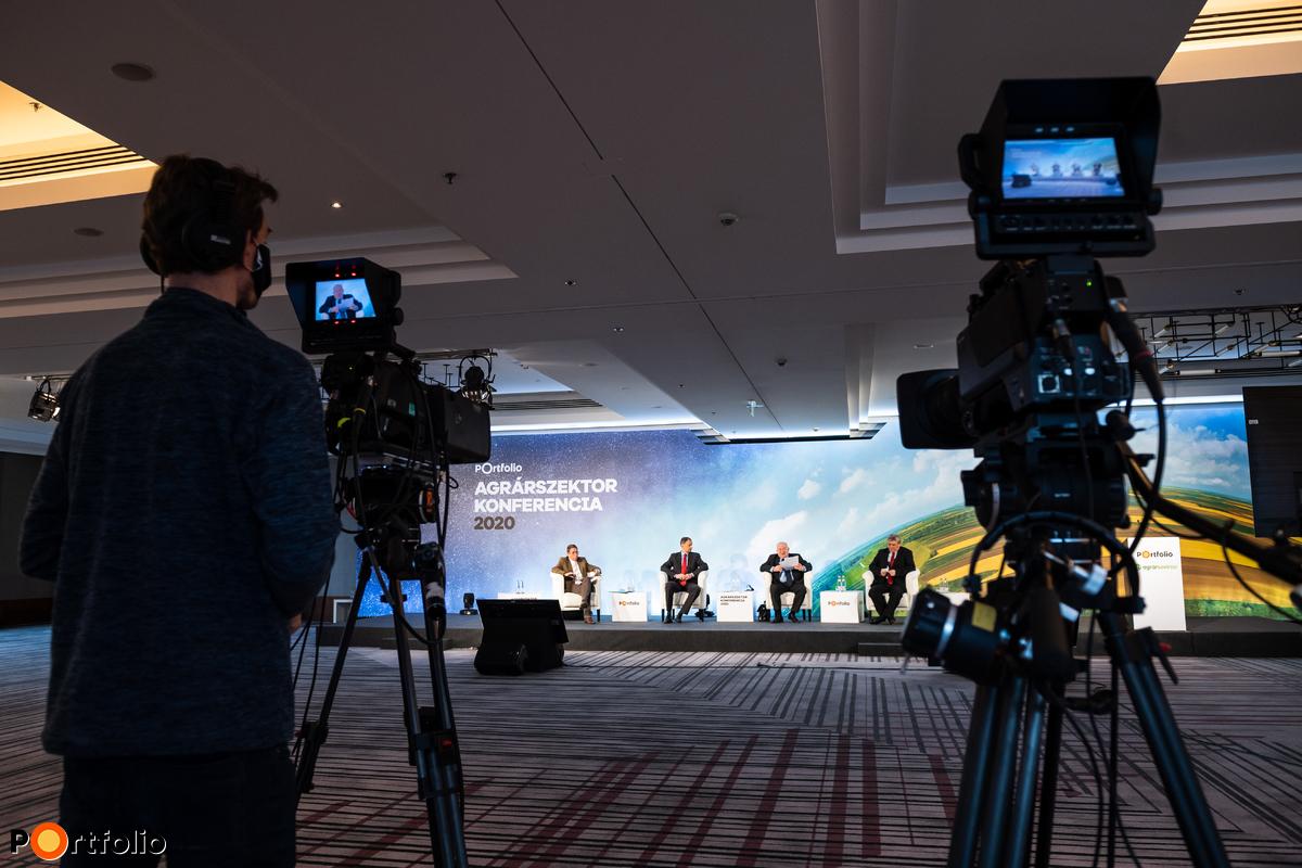 Agrárszektor Konferencia 2020, ezúttal résztvevőink online vehettek részt, online studió közvetítés mellett