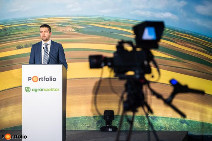 Feldman Zsolt (államtitkár, Agrárminisztérium): A koronavírus-járvány hatása a magyar agráriumra – Válságenyhítő kormányzati intézkedések