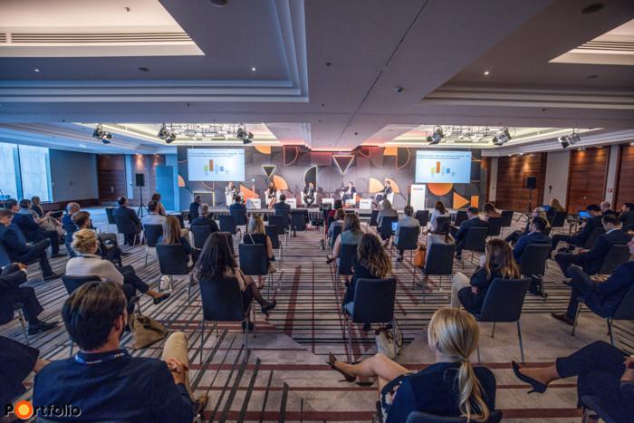 Idei FM & Hybrid Office 2021 konferenciánkat 180-an követték online és élőben a Marriott Hotelben.