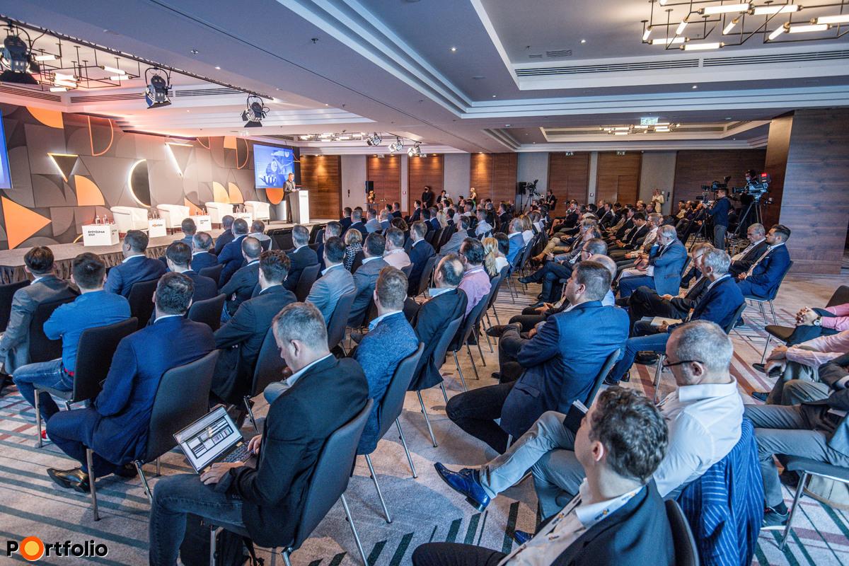 Idén immáron harmadik alkalommal került megrendezésre az Építőipar 2021 konferencia a Mariott Hotelben