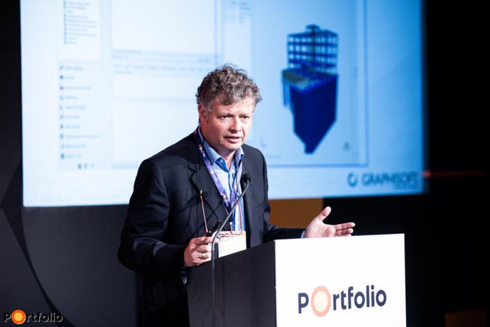 Reicher Péter (régió igazgató, Graphisoft SE): Hogyan lehet pénzügyi kontroll alatt tartani az építkezést? (Fotó: Stiller Ákos)