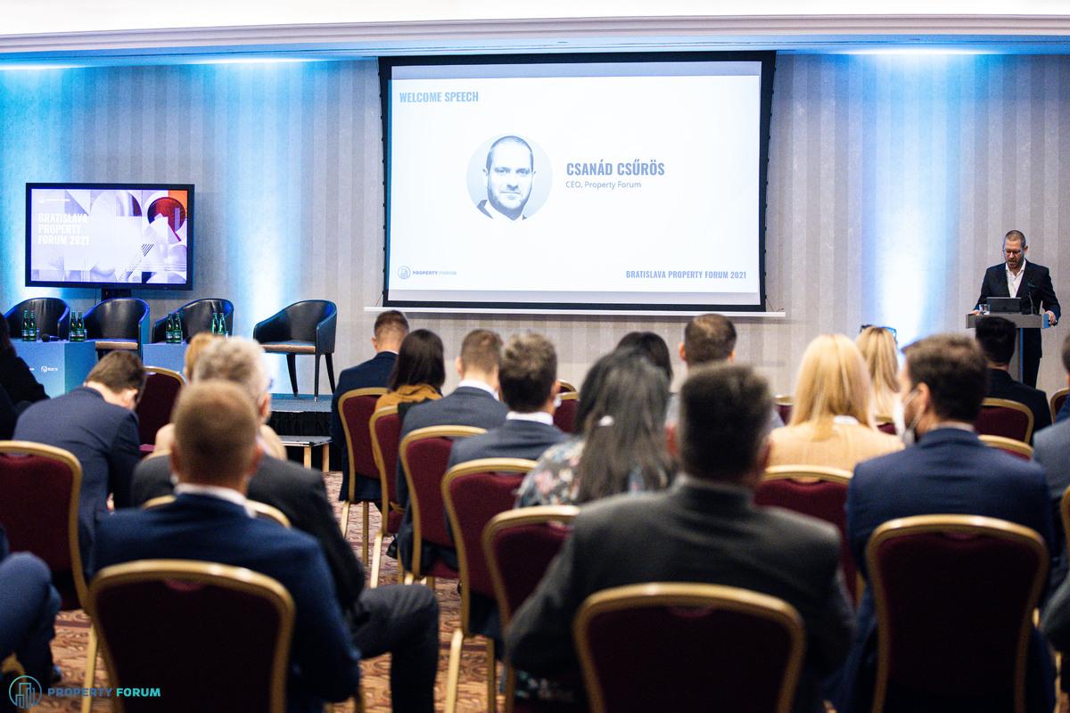 Welcome speech by Csanád Csürös, CEO of Property Forum (Fotó: Stiller Ákos)