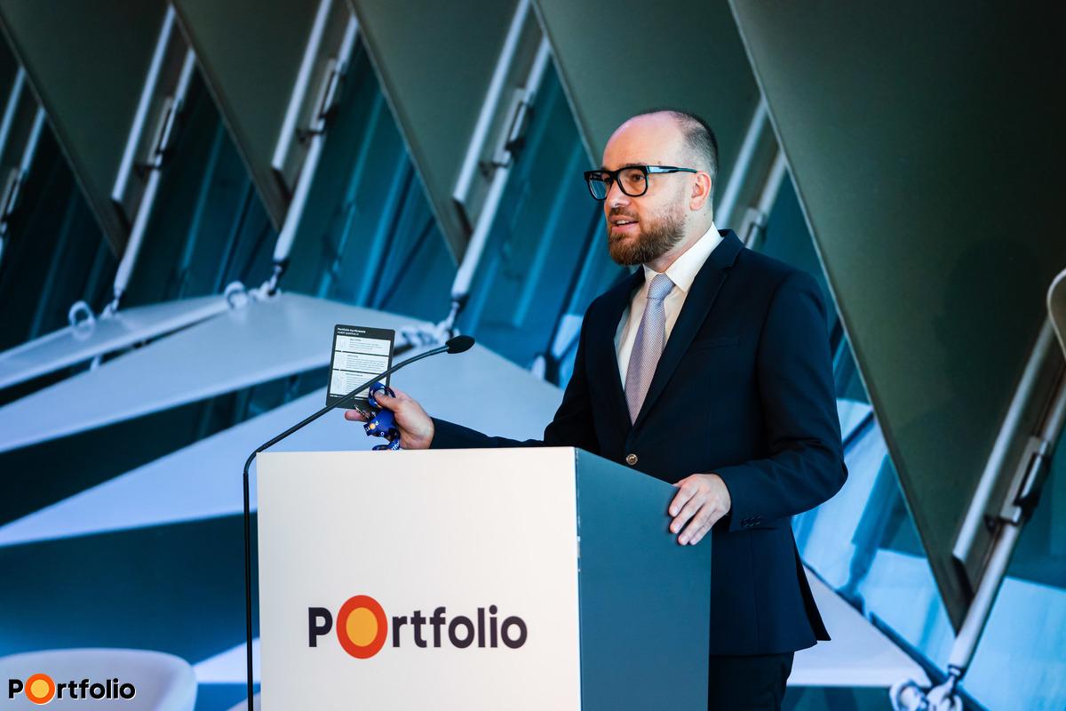 Orosz Márton, a Portfolio Csoport tartalomfejlesztési igazgató moderálta a ZÖLD szekciókat (Fotó: Mónus Márton, Mudra László)