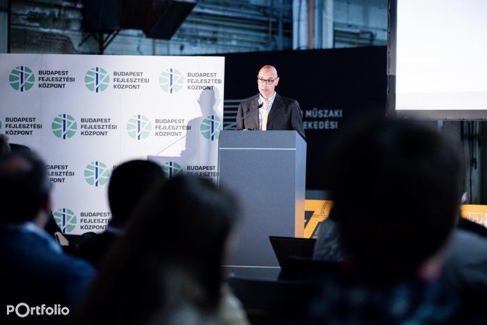 Diego D'Elia (Region Manager, SMA and partners Ltd.): Részletes megvalósíthatósági tanulmány Duna -alagút, menetrend tervezési megközelítésben (Fotó: Stiller Ákos)