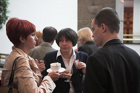 A konferencia nem csupán új szakmai ismeretek megszerzésére nyújtott lehetőséget, de kitűnő alkalmat teremtett magas szintű networking-re, új szakmai kapcsolatok kialakítására is.