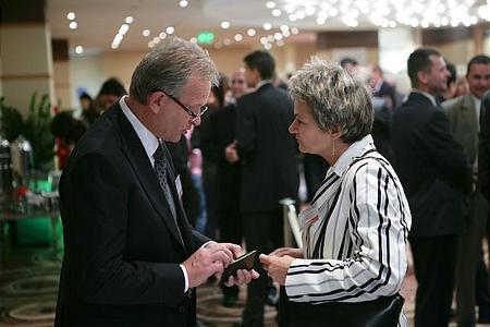 A szünetekben és a konferencia utáni állófogadáson ezúttal is lehetőség nyílt a kapcsolatteremtésre