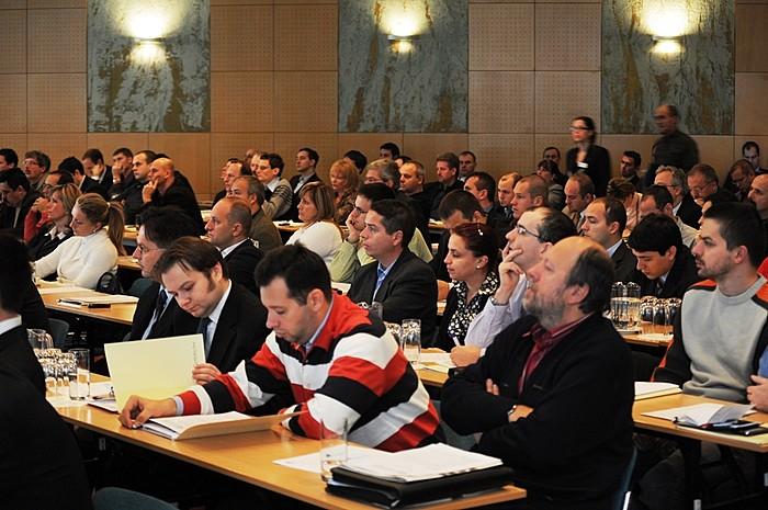 A Portfolio 1. Tőzsdenapján több, mint 200 befektető volt kíváncsi a tőzsdei cégek vezéreire