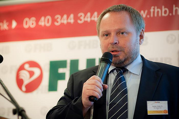 A konferencia kezdetén Dr. Spéder Zoltán az FHB Jelzálogbank Nyrt. elnöke köszöntötte a résztevőket.