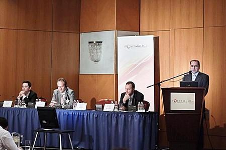 Botond Bilibók (Concorde), Mihály Erdős (PSZÁF), Martijn Tans (AEGON Global Pensions), Attila Gaál (AON Zrt.)