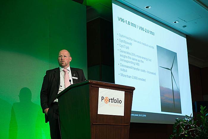 \'A régió kitörési pontjai a szélenergiában\' címmel tartott előadást a Vestas Central Europe képviselője.