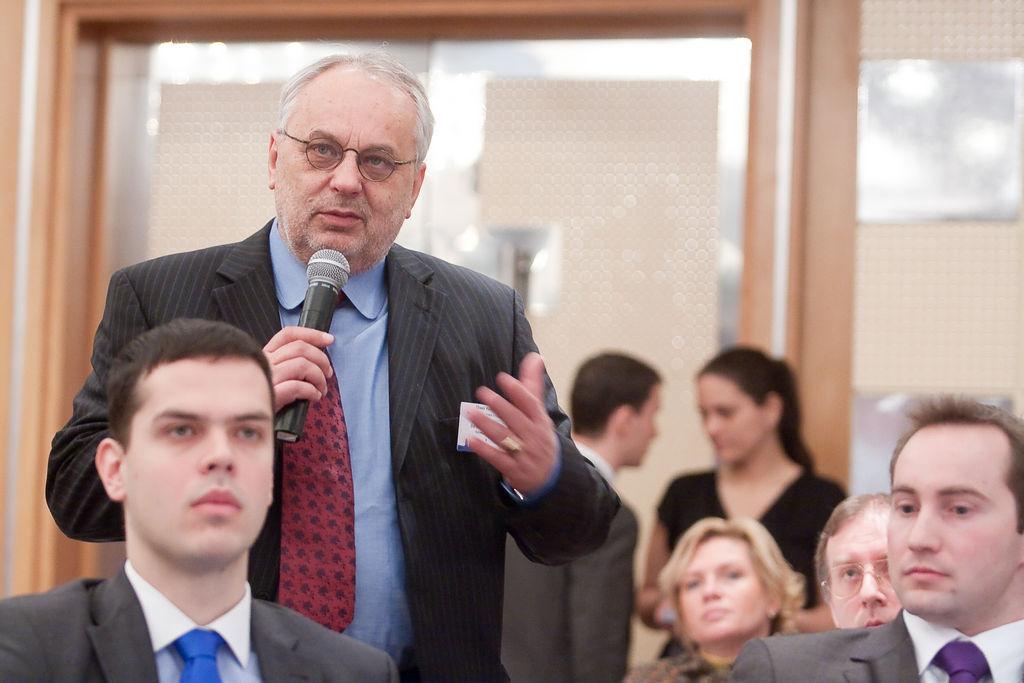 Baross Pál FRICS (elnök, RICS Magyarország) előadóként és a közönség soraiból is aktív résztvevőként vett részt az eseményen.