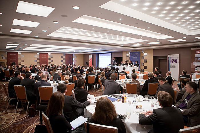 A Portfolio.hu és az RICS Magyarország 2011. január 20-án nagy sikerű szakmai reggelit szervez az ingatlan-értékbecslés legégetőbb és legaktuálisabb kérdéseiről.