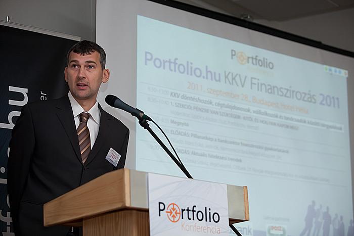 Az eseményen kezdetén Agócs Balázs, a Portfolio.hu vezérigazgató-helyettese köszöntötte a résztvevőket.