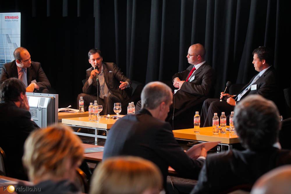 A 3/B. szekció második panelbeszélgetésében a speciális ingatlanok (hotelek, stadionok) üzemeltetését tekintették át. A beszélgetésen vezérigazgatónk Bán Zoltán (NET Média Zrt. - Portfolio.hu), Borbély Lajos (Papp László Budapest Sportaréna), Zátonyi Lőri