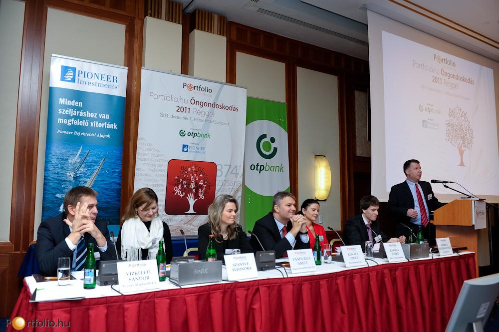 A szakmai program kezdetén Holtzer Péter, az Oriens IM partnere Az öngondoskodás jövője Magyarországon címmel tartott felvezető előadást.