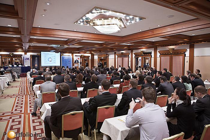 Teltház a Property Valuation 2012 rendezvényen.