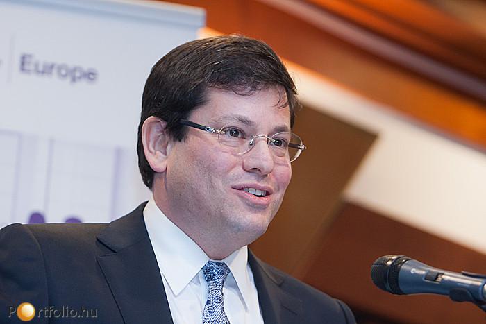 Noah M. Steinberg a WING elnök-vezérigazgatója is méltatta Baross Pált.