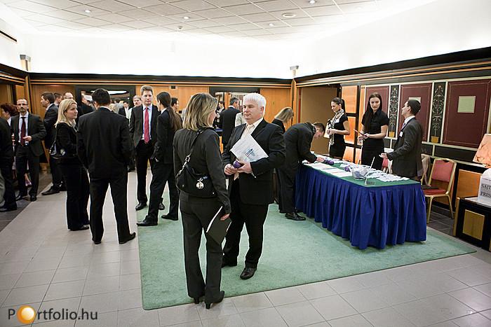 A Property Valuation 2012 rendezvény zárása után az RICS Annual Meetinggel folytatódott az esemény.