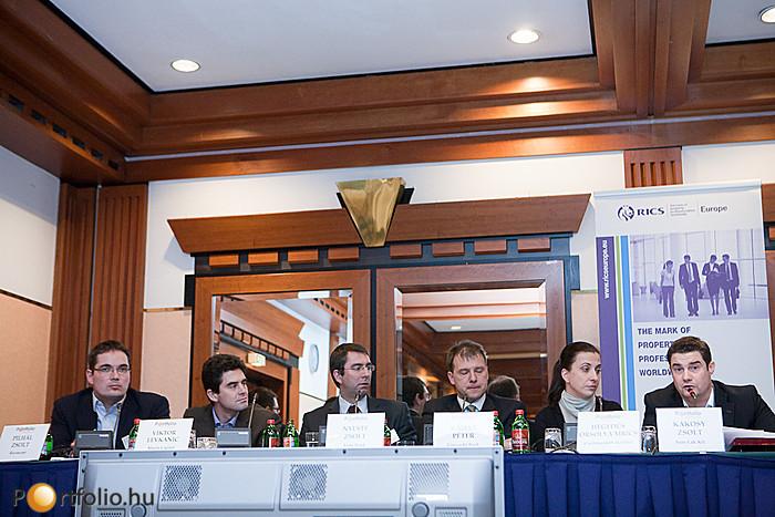 Pilhál Zsolt (Reconcept Investment), Viktor Levkanic (Slavia Capital), Nyeste Zsolt (Erste Bank), Kádár Péter (Unicredit Bank), Hegedűs Orsolya MRICS (Cushman & Wakefield) és Kákosy Zsolt (Sam-Lak Kft.)