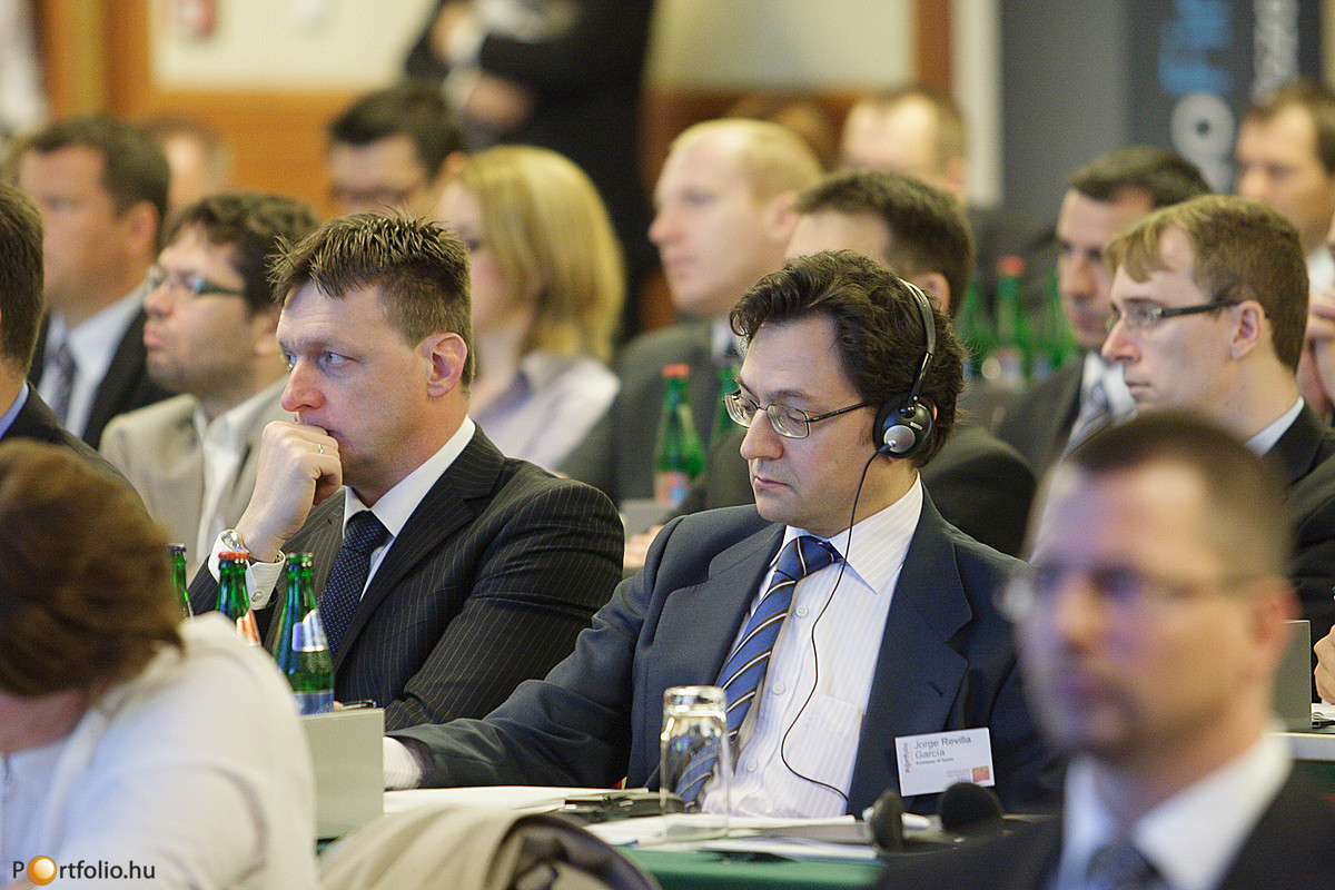 Portfolio.hu Hitelezés Magyarországon 2012 Konferencia