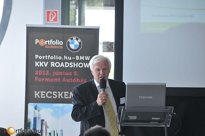 Hogyan juthat egy magyar vállalkozás forráshoz? A témáról Aladics Sándor (kereskedelmi banki divízió igazgató, OTP Bank Nyrt.) tartott előadást.