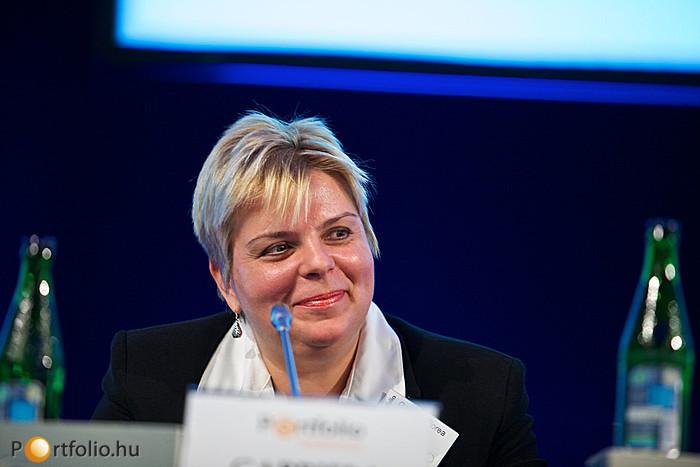 Attraktív támogatáspolitikák Kelet-Közép-Európában címmel tartott előadást Gabriela Florea (Global Key Account Manager, UniCredit Leasing S.p.A. - Competence Center Renewable Energies). (Fotó: Millok Tamás)