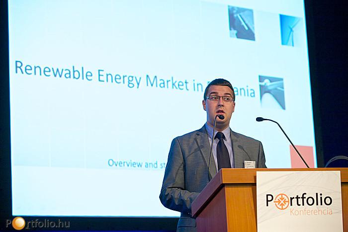 Sebastian Enache (igazgató, Wind Power Energy - Monsson Group (Románia) a román szélpiaci beruházási lehetőségeket mutatta be prezentációjában.