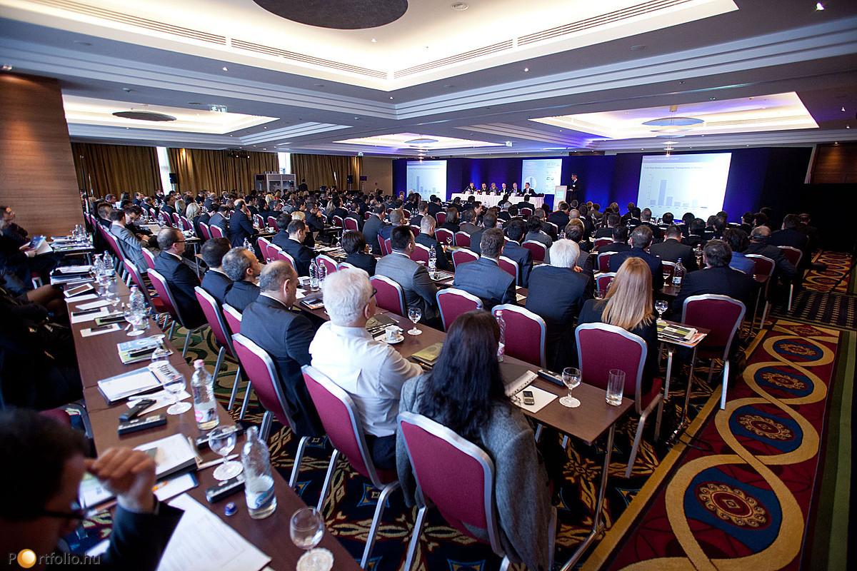 Az eseményen megjelent mintegy négyszáz résztvevő bizonyította, hogy az erős ingatlanos cégek győztesen kerülhetnek ki a válságból.